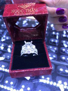 Vỏ nhẫn Nữ xoàn thiên nhiên, hột chủ gắn từ 9li-10 li