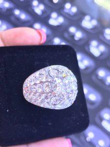 Vỏ nhẫn Nam full xoàn thiên nhiên vàng 750 , hột chủ 10li15 vvs1 nuớc J giám định GIA