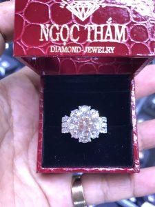 Vỏ nhẫn xoàn Nữ vàng 750, hột chủ 8.7 li