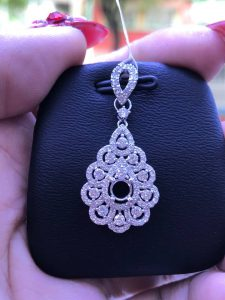 Mặt dây chuyền Full kim cương thiên nhiên, ổ chủ nhận từ 4.0-5.0 li-Ms 7m849842