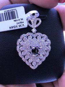 Mặt dây chuyền hình trái tim Full kim cương thiên nhiên ,ổ chủ nhận từ 4.0-5.0 li-Ms 7m849831