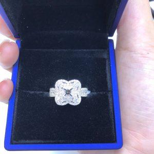 Vỏ nhẫn nữ Full kim cương thiên nhiên 750, hột chủ nhận từ 6.0-7.0 li -Mã sp7n800293