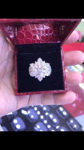 Vỏ nhẫn nữ Full kim cương thiên nhiên vàng 750, hột chủ 10li nước j vvs1 -ms 7n800377
