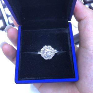 Vỏ nhẫn nữ Full kim cương thiên nhiên vàng 750, hột chủ 6.0li nước F vvs1-Msp 5n800017
